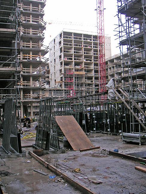 10 december 2007 - Toren voor pergola ...